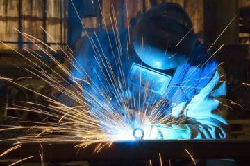 これからどうなる?鍛冶工の将来性